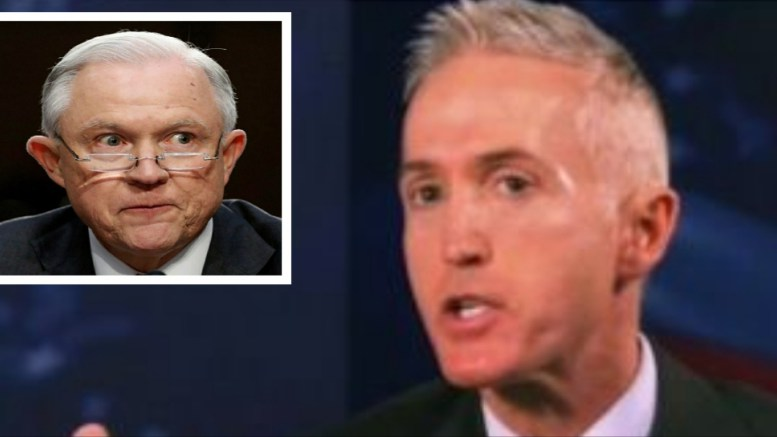 POTUS and Gowdy team up on recusal prospect. Image credit to US4Trump compilation with Screen Grab, Chicago Tribune.