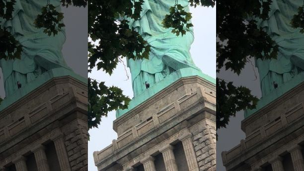 """Per Fox : At least one person is scaling the Statue of Liberty after an """"Abolish ICE"""" protest resulted in multiple arrests. (Danny Owens)"""